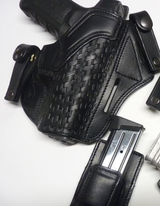 "HOLSTERS INSIDE ""KIDNEY"" pour autos et révolvers by SLYE Kidney10"
