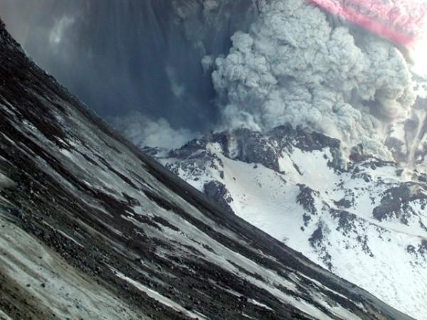 L'arc volcanique des Cascades (sujet participatif) - Page 2 02erup10