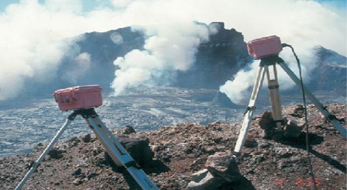 L'arc volcanique des Cascades (sujet participatif) - Page 2 Araign10