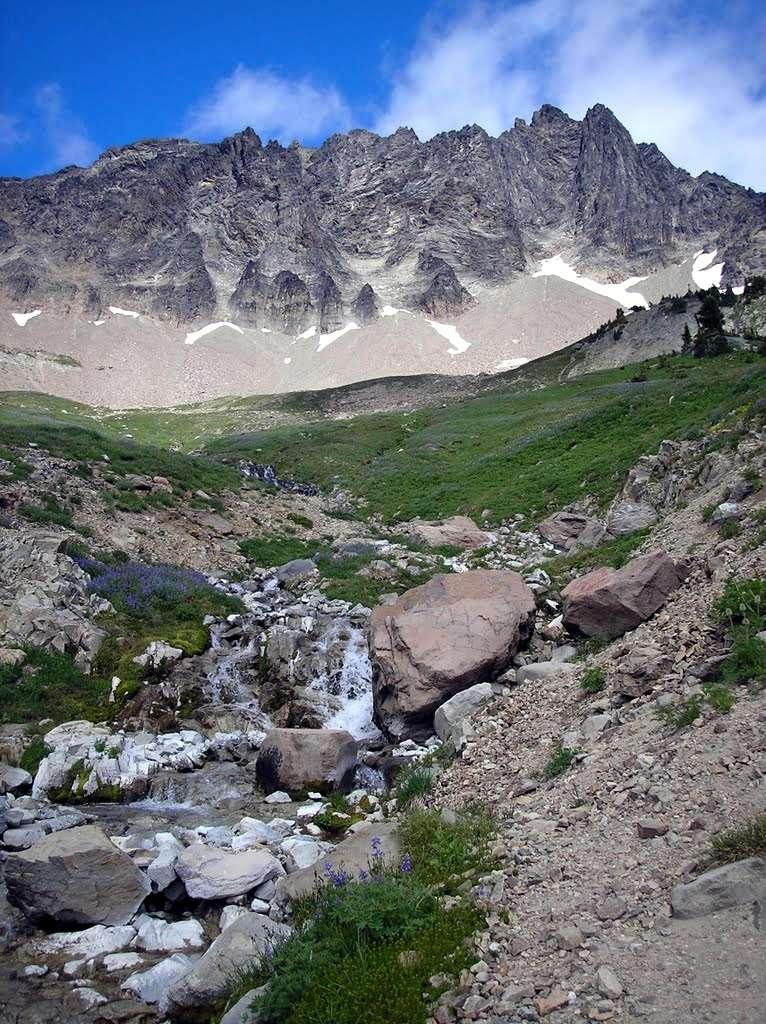 L'arc volcanique des Cascades (sujet participatif) - Page 2 Mont110