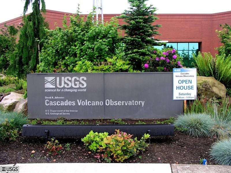 L'arc volcanique des Cascades (sujet participatif) - Page 2 Usgs210
