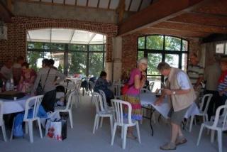 On the last saturday of june: Polyglot picnic (Invitation) Cloud_11