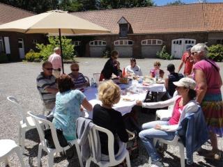 On the last saturday of june: Polyglot picnic (Invitation) Jacque16