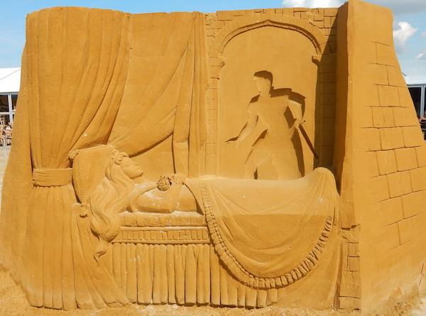 Sculpures sur sable Disney - News Touquet p.1 ! Aurore11