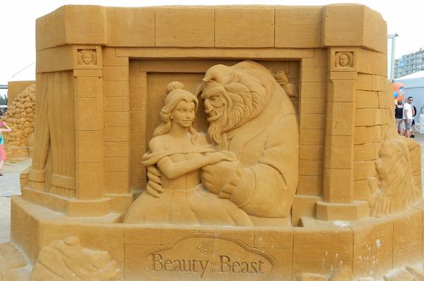 Sculpures sur sable Disney - News Touquet p.1 ! Belle_10