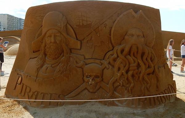 Sculpures sur sable Disney - News Touquet p.1 ! Irates10
