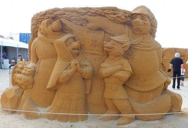 Sculpures sur sable Disney - News Touquet p.1 ! Robin_10
