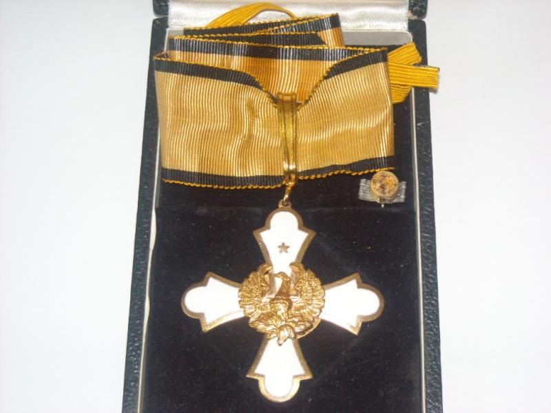 COMMANDEUR ORDRE DU PHENIX DE GRECE-BAISSE DU PRIX Dscn6012