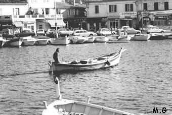 UNE PLACE POUR NOS ANCIENS..... Port_p10