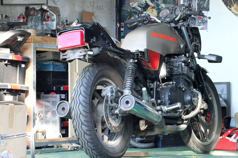 "PROJET MICHEL / PASCAL   1100 GSX ""of course"" Img_0110"