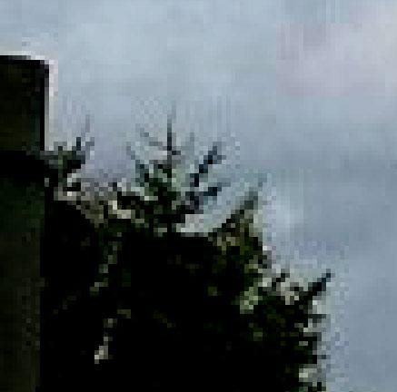 2015: le 04/08 à Environ 14h30 - Une soucoupe volante -  Ovnis à Belgique, Gilly -  Pixels10