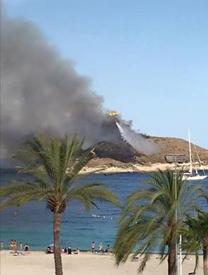fire on isla porassa  Island10