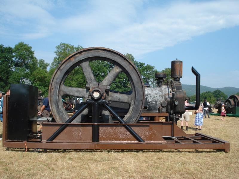 rassemblement des mecaniques anciennes(43) en  juillet - Page 2 Dsc07330