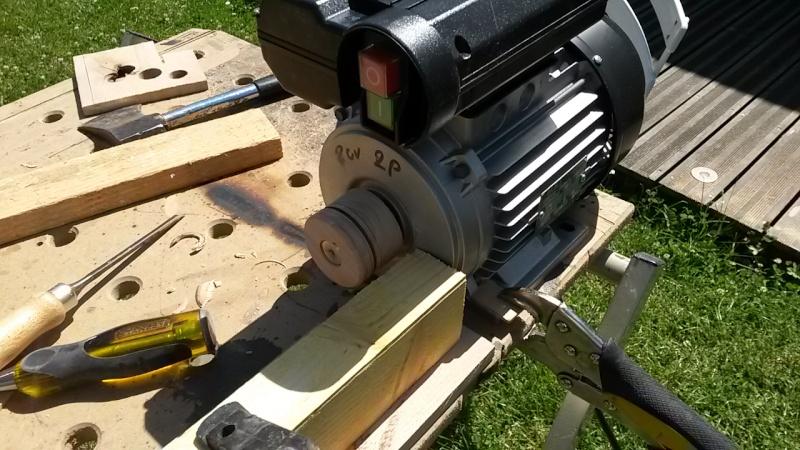 [Fabrication] Scie à ruban en bois - Page 11 20150715