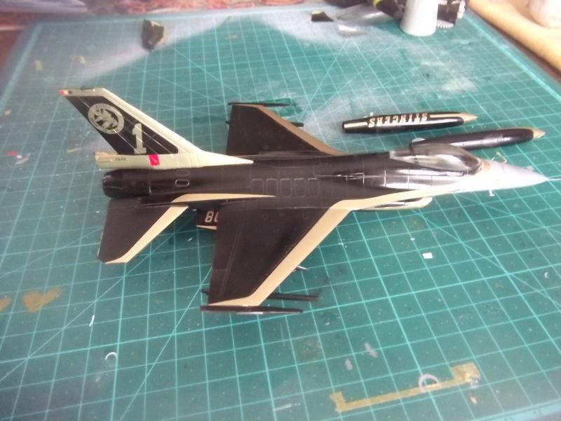 F-16A 80 ans 1° escadrille  Dscf4050
