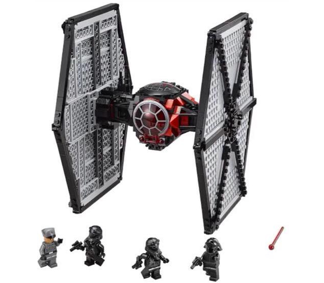 First official images of the Lego Star Wars The Force Awakens Sets? 13869613