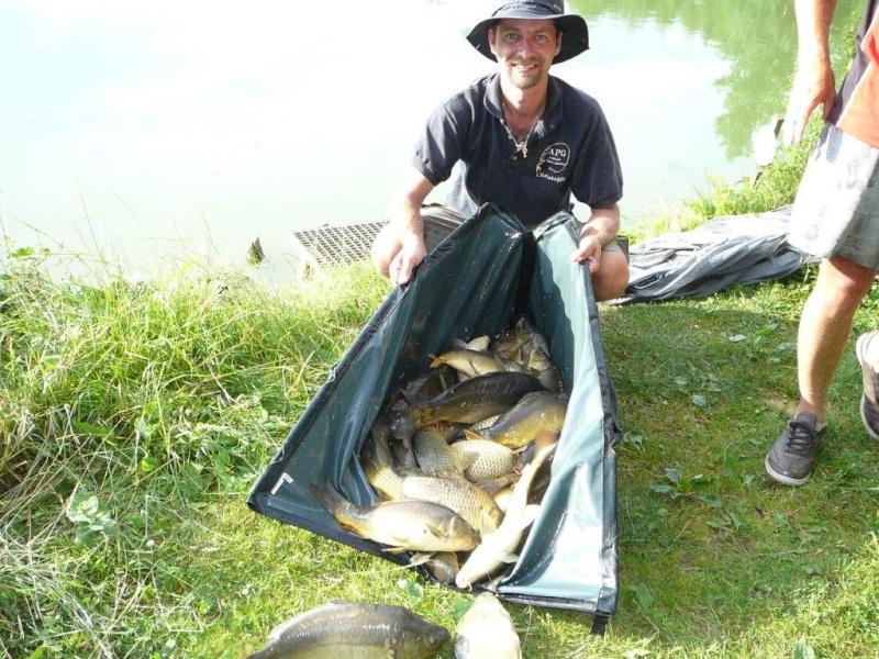 Festival de pêche sur le plan d'eau de Chuzelles (38) 13 et 14 juin P1150536