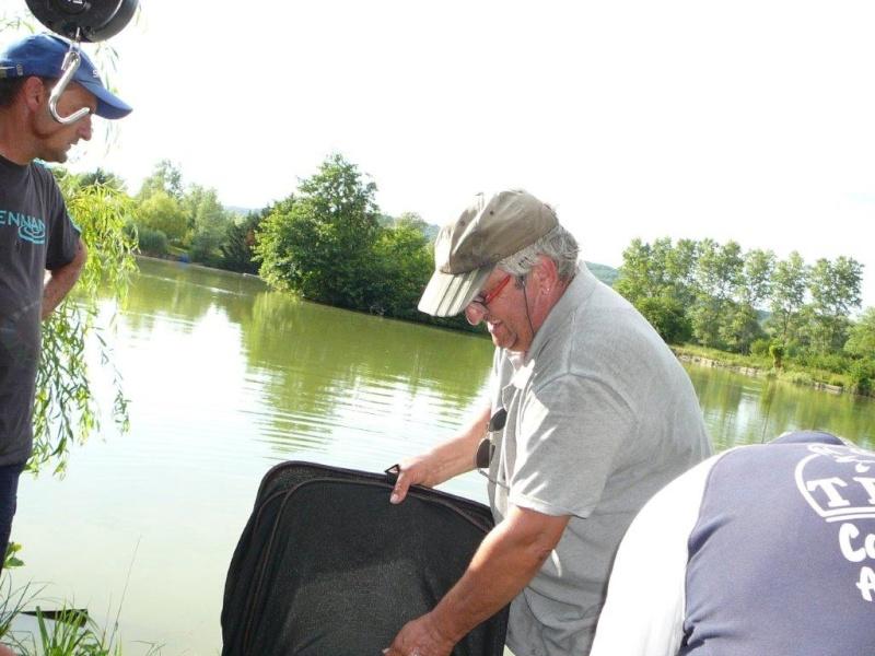 Festival de pêche sur le plan d'eau de Chuzelles (38) 13 et 14 juin P1150537