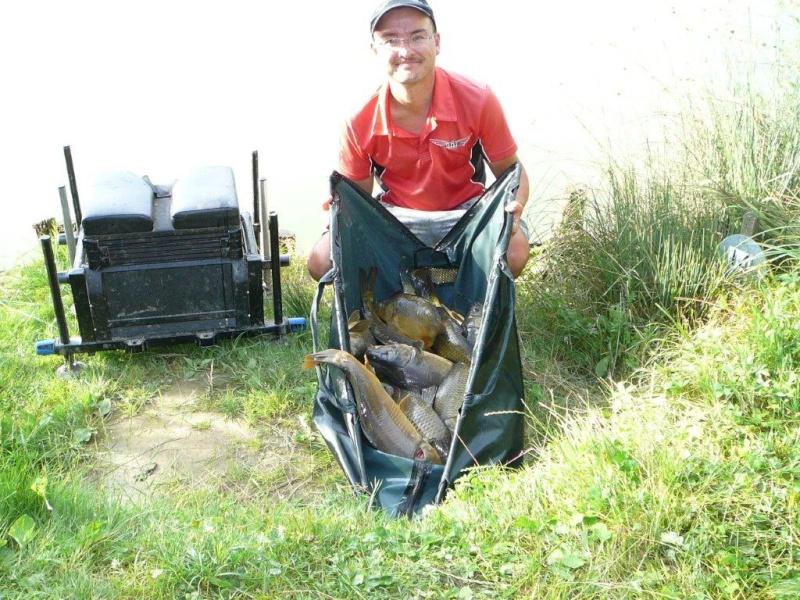 Festival de pêche sur le plan d'eau de Chuzelles (38) 13 et 14 juin P1150539