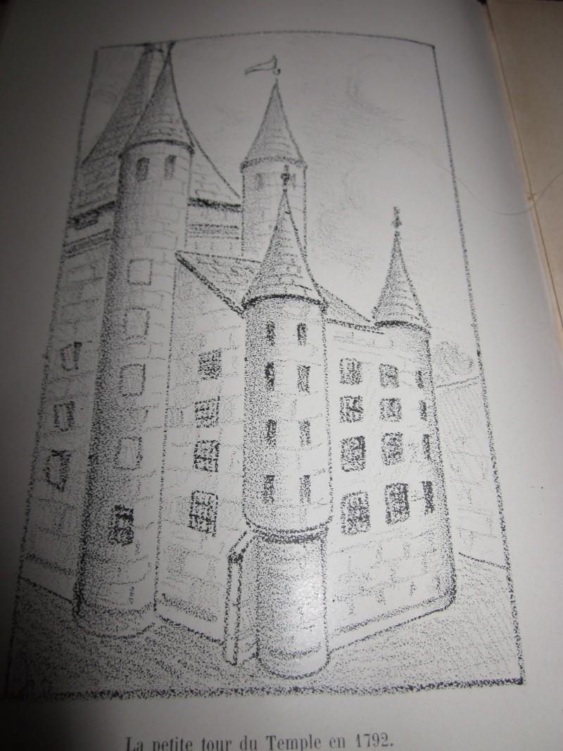 Plans et aménagements du donjon du Temple : la grande tour, la petite tour - Page 2 Img_0122