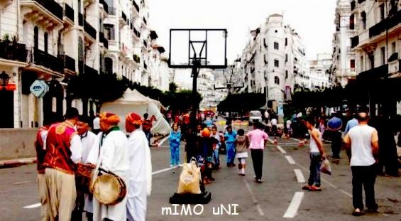 NOSTALGERIENS ...Vous n'etes pas les bienvenus en Algérie  Yabila12