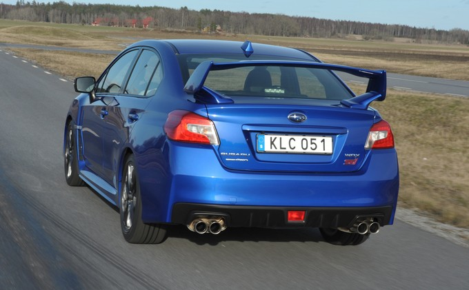 Essai - Subaru WRX STI 2.5 300 <= Cliquez pour lire la suite 3_4_ar11