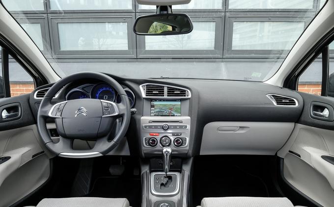 Essai - Honda Civic 1.6 i-DTEC Executive <= Cliquez pour lire la suite Tdb_bv11