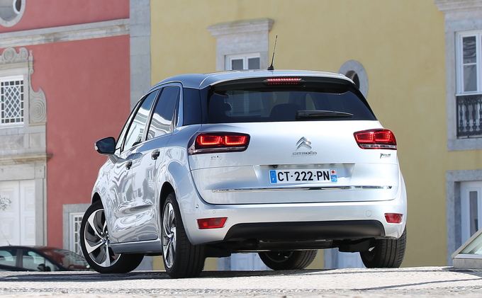 Essai - Citroën C4 Picasso 1.6 e-HDi 115 Exclusive <= Cliquez pour lire la suite Xfvx10