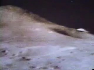 Vidéo Apollo 15 Jim Irwin ?  Soucou12