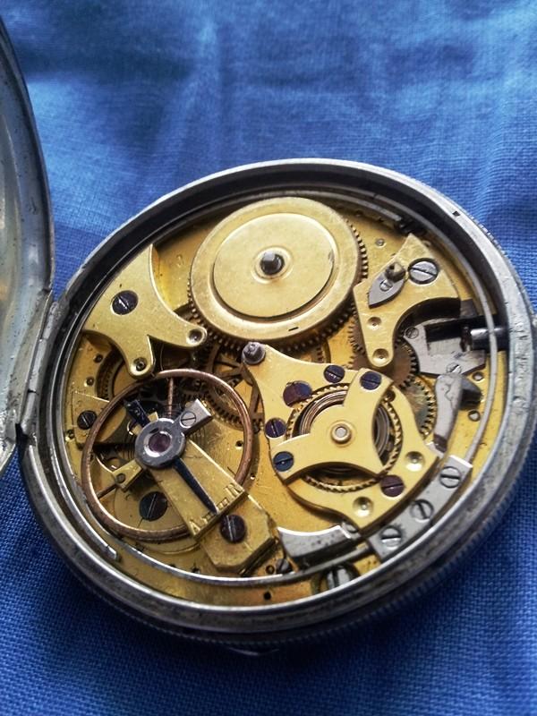 Feu sur les montres de famille (papa, pépé, mémère etc) Sonner11