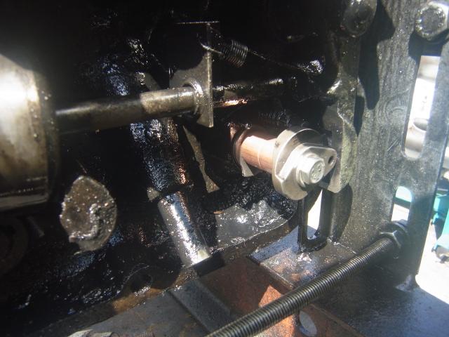 Renov' moteurs F2l612 et 712 - Page 3 Rimg0210