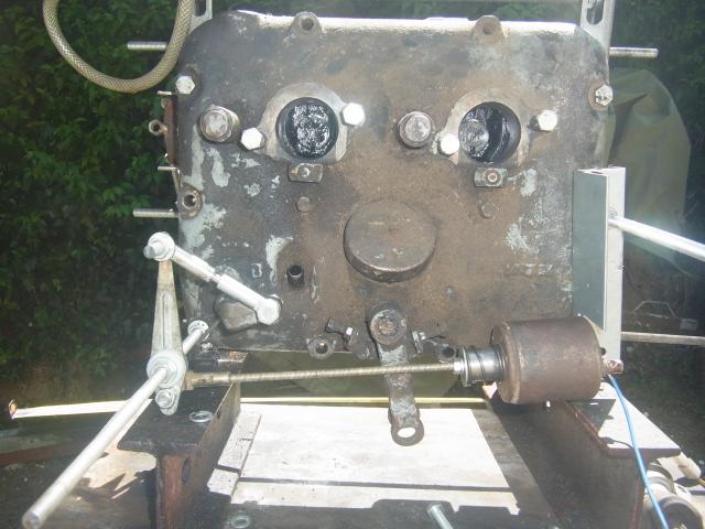 Renov' moteurs F2l612 et 712 - Page 3 Rimg0211