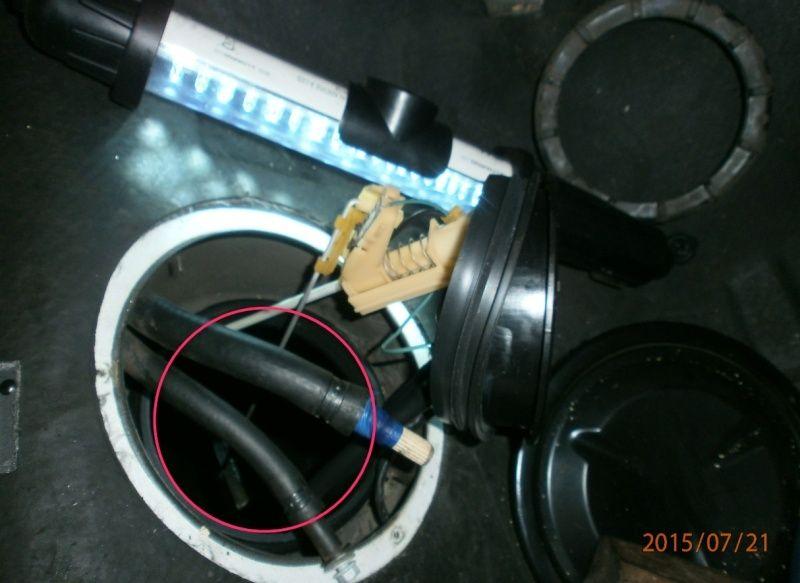 panne d'arrivée d'essence [résolu]  chauffe moteur la cata - Page 2 2015-019