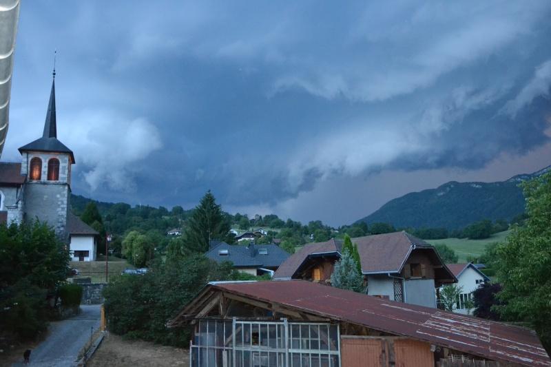 Photo perso : points lumineux avant un orage Dsc_0010