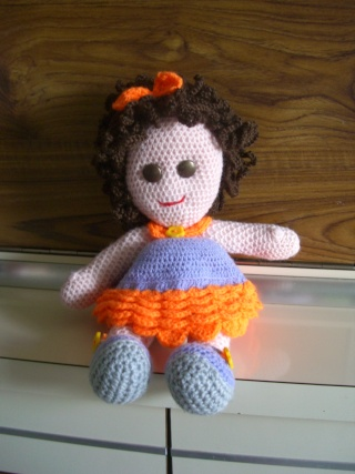 jolie poupée au crochet Cimg0910