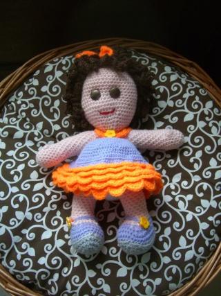 jolie poupée au crochet Cimg0911