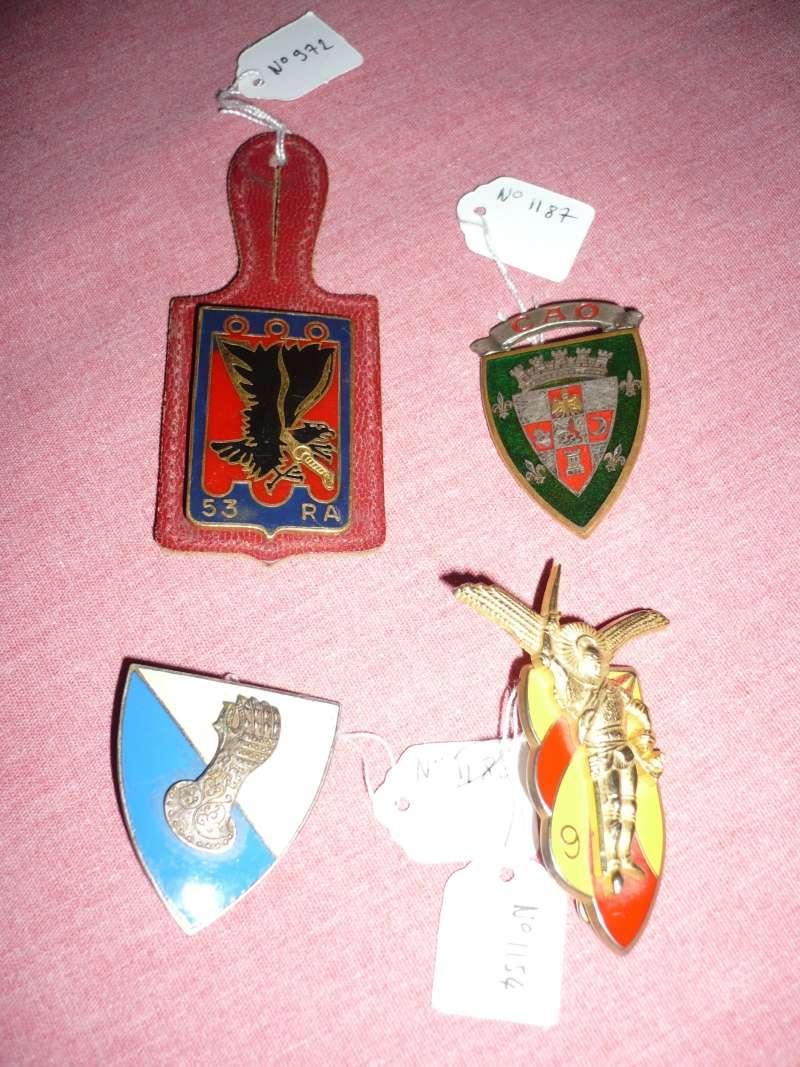 Lot de 4 insignes - ESC 2 P1240512