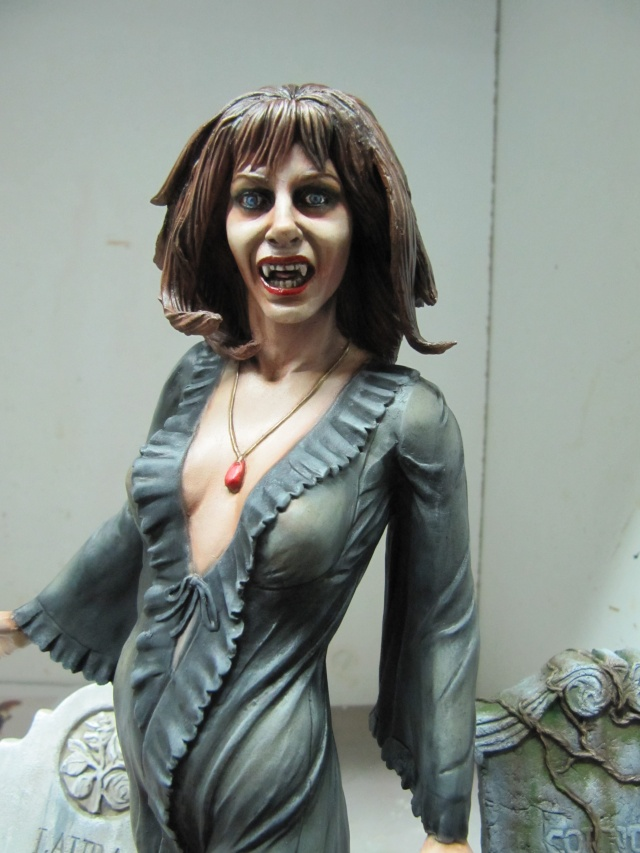 Ingrid Pitt femme vampire 1/6 . Img_7419