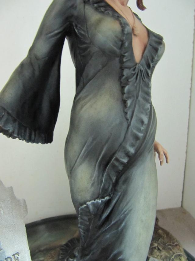 Ingrid Pitt femme vampire 1/6 . Img_7425