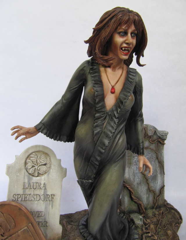 Ingrid Pitt femme vampire 1/6 . Img_7512