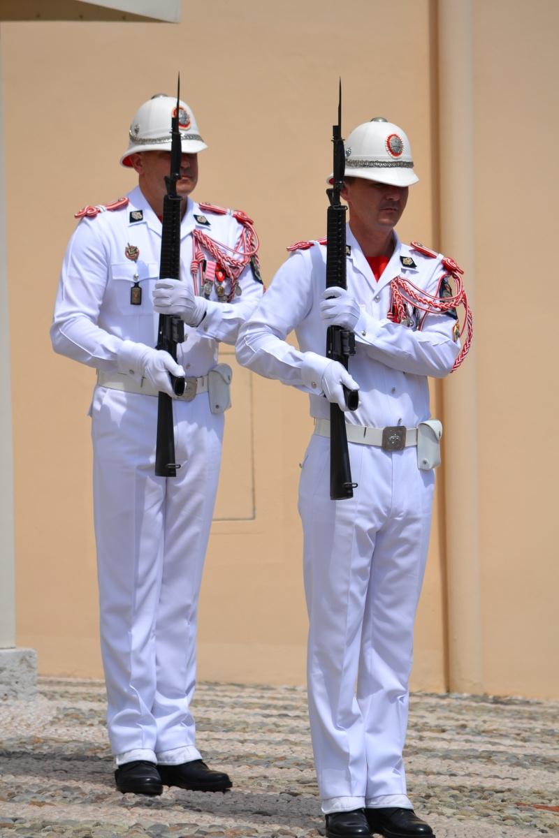 Monaco - police et pompier Dsc_0212