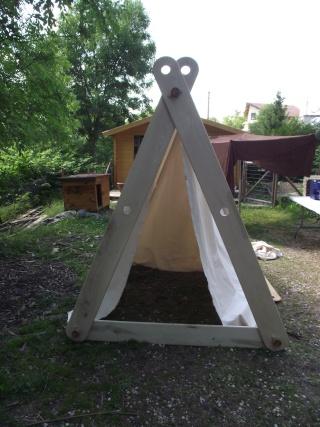 Réalisation d'une échoppe/tente viking - Page 2 Dscf5611
