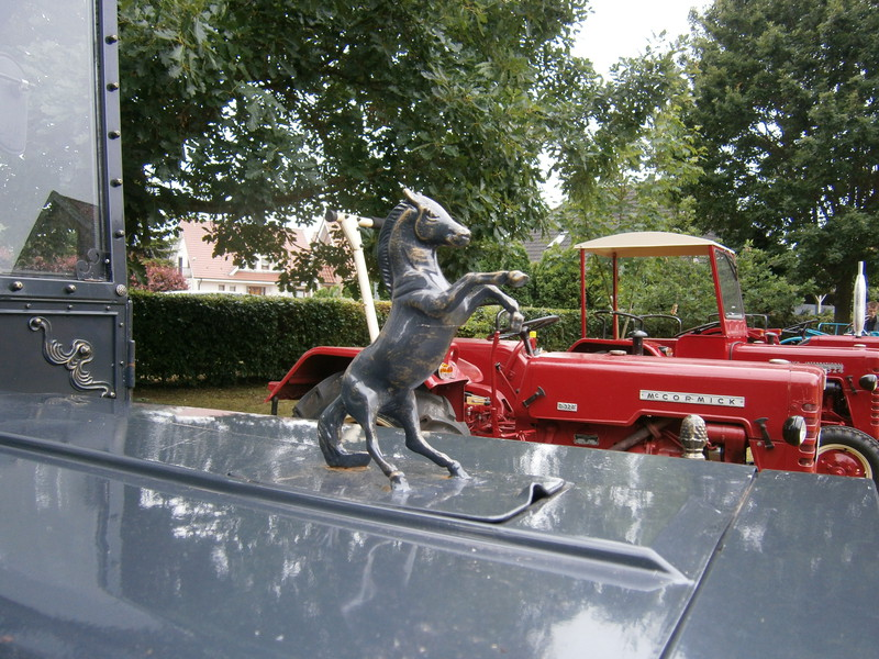 Resi i hol di mit dem Traktor ab P7140013
