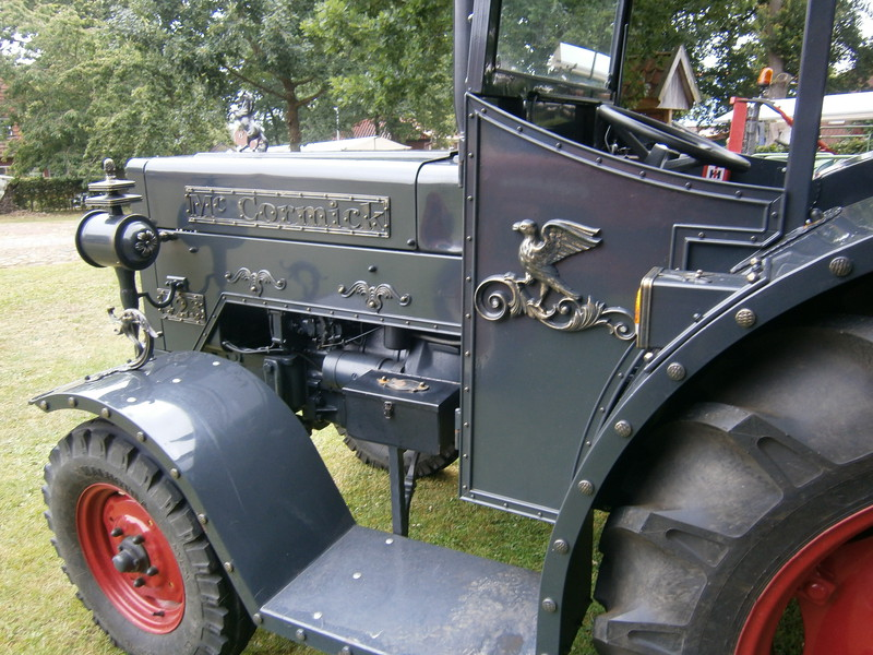 Resi i hol di mit dem Traktor ab P7140015
