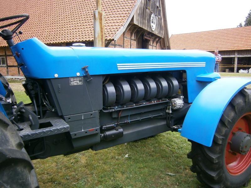 Resi i hol di mit dem Traktor ab P7140022
