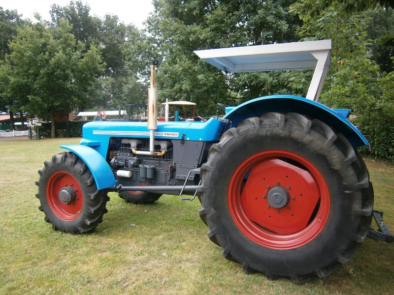 Resi i hol di mit dem Traktor ab P7140025