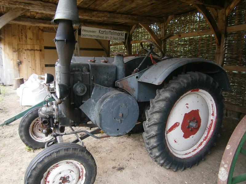 Resi i hol di mit dem Traktor ab P7140027