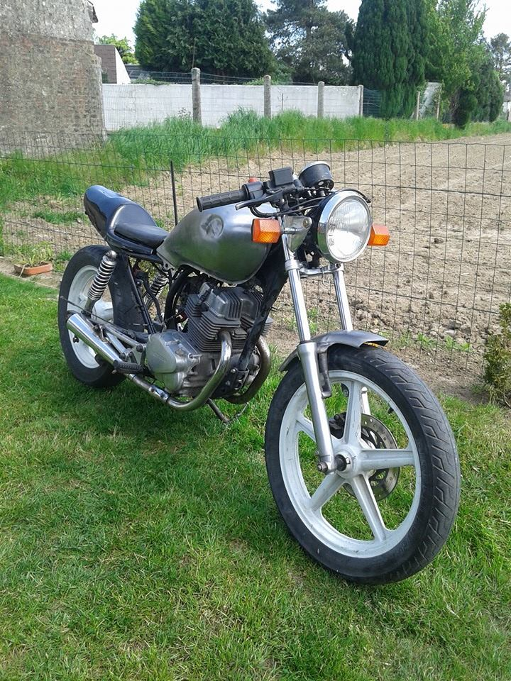 ma cb 250 fifty two  11205010
