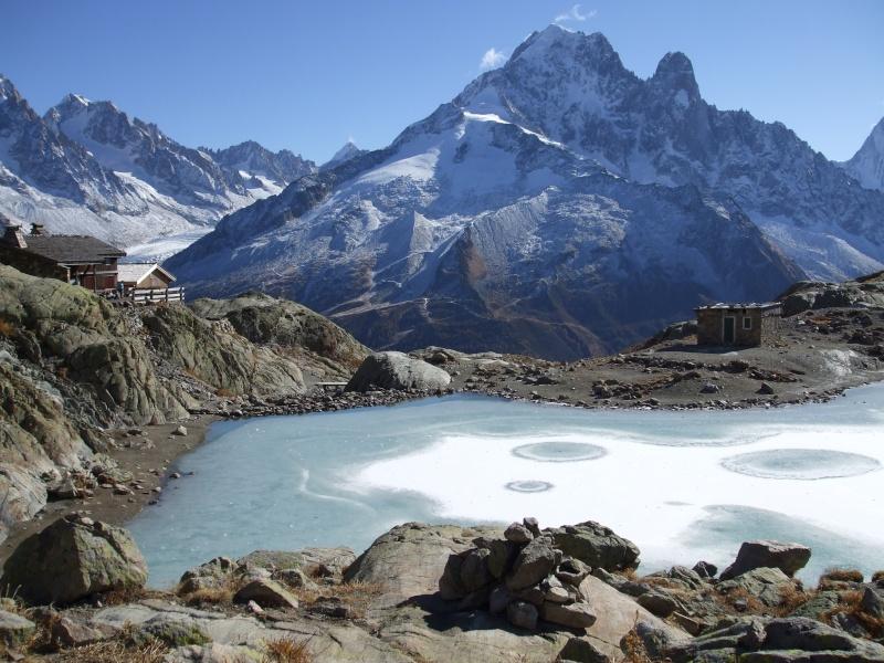 Photos de lacs de montagne, petits ou grands. - Page 2 Dscf0210