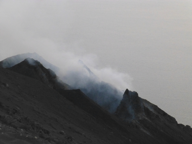 éruptions du Stromboli P1030413